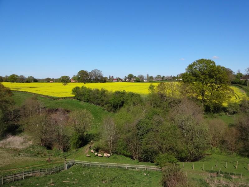 touring caravan park Worcestershire - surrounding countryside